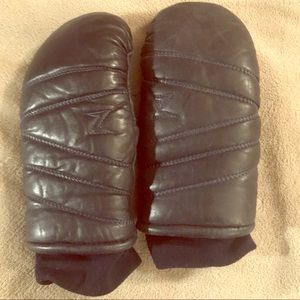 Black Leather Mittens